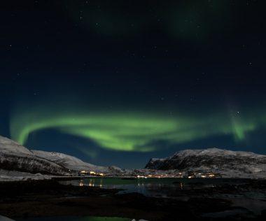 A sarki fény bűvöletében: retúr repjegy az Északi-sarkkörön is túlra + 5 éj háromcsillagos hotelben 228.400 Ft-ért!