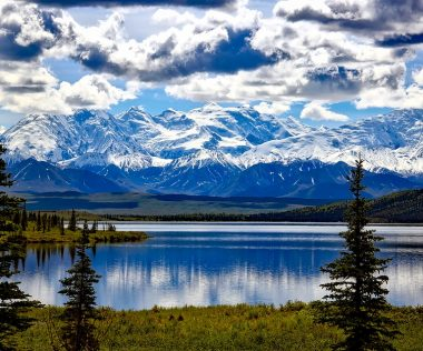 Életed kalandja: retúr repjegy a különleges Alaszkába 222.500 Ft-ért!