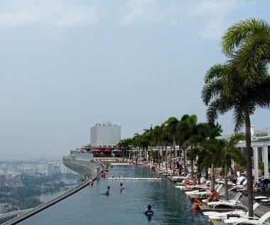 Aludnál a világ egyik legkülönlegesebb szállodájában? Szingapúr prémium légitársasággal + 5 éj a Marina Bay Sands hotelben 771.800 Ft-ért!