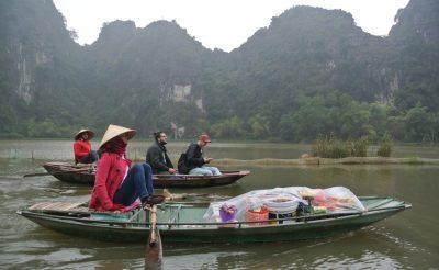 58. nap –  Tam coc falu, Vietnam
