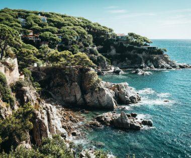 Egy hét Lloret de Mar 3 csillagos medencés hotellel, FÉLPANZIÓVAL, repülővel 73.300 Ft-ért főszezonban!