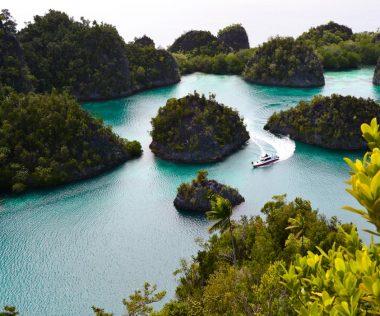 Egzotikum: Két hét Nyugat-Pápua karácsony előtt repülővel és szállással 279.000 Ft-ért!