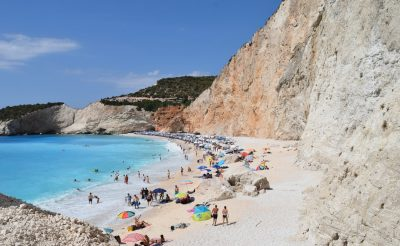 Július elsejétől nyílik meg Görögország a turisták előtt