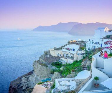 Egy hetes főszezoni nyaralás Santorinibe 89.350 Ft-ért!