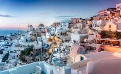 Egy hetes utazás Santorinibe 81.780 Ft-ért szállással és repülővel, budapesti indulással!