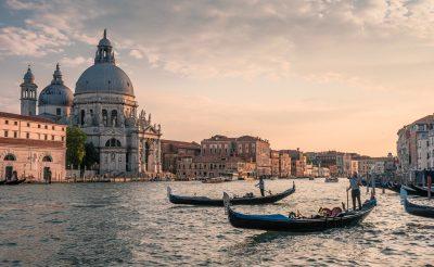 6 napos velencei városlátogatás 54.500 Ft-ért központi szállással, repülővel!