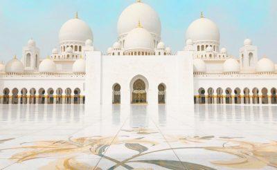 Egy hetes luxus utazás Abu Dhabiba 4 csillagos szállással 81.000 Ft-ért!