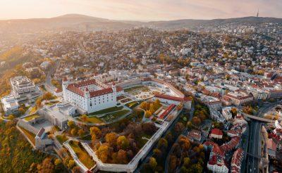 Pár napon belül Szlovákiában is elfogadják a magyar védettségi igazolványt