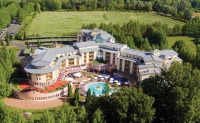 Ha már hideg a Balaton, irány Hévíz! 5 csillagos hotel 5 napra félpanzióval 99.900 Ft!