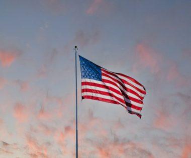 BREAKING: USA november elejétől megszünteti az utazási tilalmat az oltott utazók számára