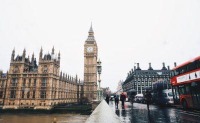 HIHETETLEN: retúr repülőjegy Londonba 3.500 Ft-ért!