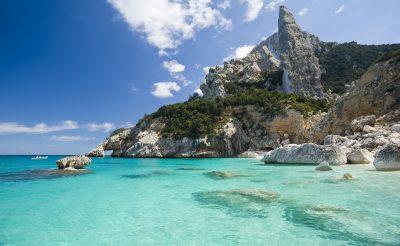 Irány az egyik legszebb olasz sziget, Szardínia! 8 napos utazás 56.950 Ft-ért!