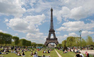 Hosszú hétvége Párizsban, szállással és repjeggyel: 34.430 Ft-ért!
