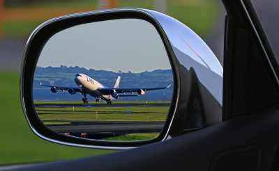 Miért késhet egy repülőjárat? És miért hívtak rendőrt az utasok és a pilóták Londonban?