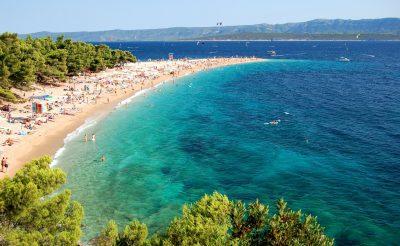 Szigorításokra készülhetnek a Horvátországba utazók (clickbait)
