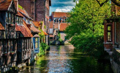 Hosszú hétvége a mesebeli Brugge-ban, a hattyúkkal, szállással és repjeggyel: 60.350 Ft-ért!