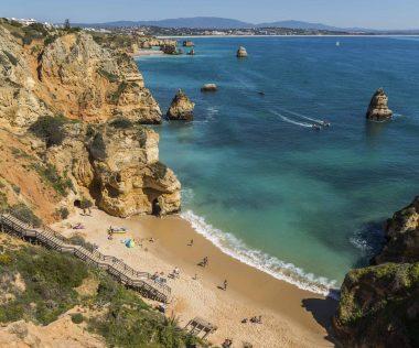 Rendkívül jó ajánlat: 4 nap Dél-Portugália 4 csillagos szállással, repülővel, autóbérléssel 48.100 Ft-ért!